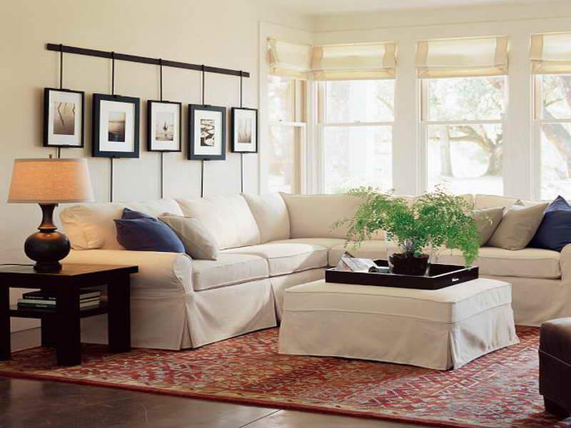 How much does it really cost to decorate lorri dyner for Pottery barn style living room ideas
